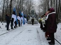 001 3. jaanuar Pärnus Alevi kalmistul. Foto: Lembit Miil