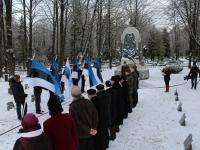 007 3. jaanuar Pärnus Alevi kalmistul. Foto: Lembit Miil