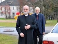 001 Heikki Rekki ja Pertti Jalo, EELK Sindi koguduse taastamise 25. aastapäeva pühitsemine