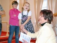 010 Lia Oras lastega, EELK Sindi koguduse taastamise 25. aastapäeva pühitsemine