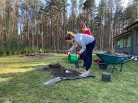 EENA Pärnu klubi Maa päeval Pärnu lastekülas. Foto EENA Pärnu klubi