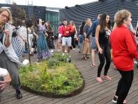 022 Ekstaatiline tants Solarise katuseaias. Foto Urmas Saard Külauudised