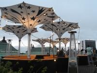 052 Ekstaatiline tants Solarise katuseaias. Foto Urmas Saard Külauudised