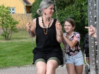 003 Erika Mitt ja Mathilda Mitt Viljandi folgil.  Foto: Urmas Saard