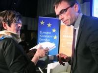 014 Mari Suurväli ja Sven Mikser Euroopa Liidu eesistujariigi peakorteris. Foto: Urmas Saard