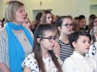 004 EV 102. aastapäeva kontsert-aktus Sindi gümnaasiumis. Foto: Urmas Saard