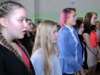 001 Iseseisvuspäeva eelne aktus Sindi gümnaasiumis. Foto: Urmas Saard
