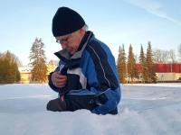 Kiiruisutamistreener Väino Treiman Adavere liuväljal. Foto: Jaan Lukas / Külauudised