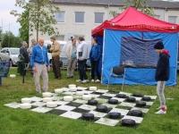 002 Tippkabetaja Uno Plakk valmistub kabevõistlusteks Jõgeva keskväljakul. Foto: Marge Tasur