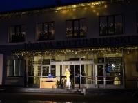 003 Jõgeva kultuurikeskus Jõulurahu väljakuulutamise ajal. Foto Marge Tasur