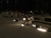 005 Jõuluõhtul Pärnu Metsakalmistul. Foto: Urmas Saard