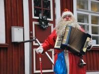 001 Jõuluvana Sindi sotsiaaltöökeskuses. Foto: Urmas Saard