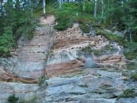 002 Taevaskoda aastal 2012, kus näeb samuti kaldapääsukeste pesasid. Foto: Helen Parmen