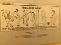 """Gori karikatuur """"Tõnissonid pukki"""" Umbusi külamajas. Foto: Jaan Lukas"""