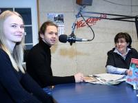 Kelly-Ly Tomingas, Aksel Verlin ja Mari Suurväli Tre Raadio Pärnu stuudios. Foto: Urmas Saard / Külauudised