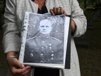 Kolonel Viktor Koerni 80 surma-aastapäeval Alevi kalmistul. Foto: Urmas Saard / Külauudised