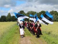 Lipud Köstrimäe Kiriku teel. Foto: Ilmar Kõverik