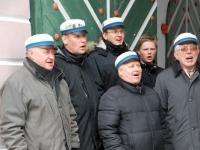 001 Lüdigi mehed laulsid kevadele. Foto: Urmas Saard