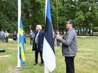 003 Mälestusmärk Sindis Kirikupargi servas. Foto: Urmas Saard