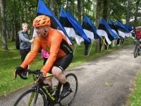 006 Maraton Eesti Vabariik 100 läbib Sindit. Foto: Urmas Saard