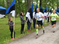 013 Maraton Eesti Vabariik 100 läbib Sindit. Foto: Urmas Saard