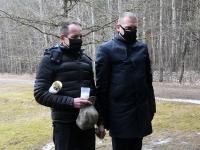 Märtsiküüditamise päeval Pärnu Leinapargis. Foto: Urmas Saard / Külauudised