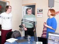 Mihkel Kübar, Meelis Sarv ja Lavly Perling Tre Raadios. Foto Urmas Saard Külauudised