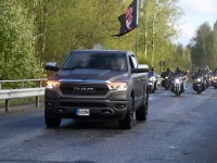 009 Mootorrattahooaja avapäeva paraadsõit läbib Sindit. Foto: Urmas Saard