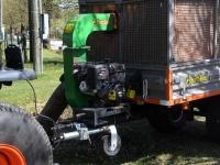 004 Multifunktsionaalne uus traktor Sindis. Foto: Urmas Saard