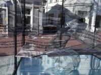 003 Näitus Pärnu Muulid 150 Rüütli ja Pühavaimu tänava nurgal. Foto: Urmas Saard