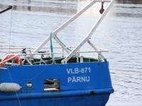 009 Noore naise otsingud Pärnu Kesklinna silla lähedal. Foto: Urmas Saard