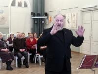 005 Tõiv Tiits,  Pärnu Aianduse ja Mesinduse seltsi projektkoori ettelauljad Raekülas. Foto: Urmas Saard