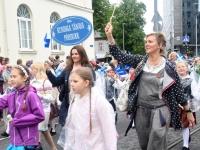 022 Pärnu linn XII noorte laulupeo rongkäigus. Foto: Urmas Saard