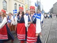 035 Pärnu linn XII noorte laulupeo rongkäigus. Foto: Urmas Saard