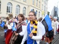 038 Pärnu linn XII noorte laulupeo rongkäigus. Foto: Urmas Saard