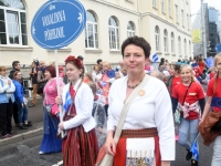 042 Pärnu linn XII noorte laulupeo rongkäigus. Foto: Urmas Saard