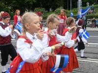 049 Pärnu linn XII noorte laulupeo rongkäigus. Foto: Urmas Saard
