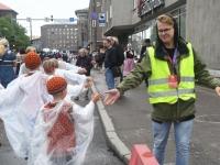 057 Pärnu linn XII noorte laulupeo rongkäigus. Foto: Urmas Saard