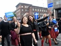 061 Pärnu linn XII noorte laulupeo rongkäigus. Foto: Urmas Saard
