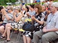 009 Publik kuulab Pärnu Poisse