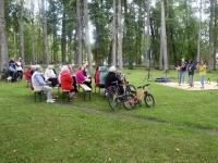 008 Perebänd Rannarada Kiriku pargis. Foto: Urmas Saard