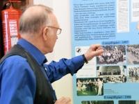 005 Piccolo näitus Sindi linnaraamatukogus. Foto: Urmas Saard