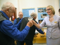 013 Piccolo näitus Sindi linnaraamatukogus. Foto: Urmas Saard