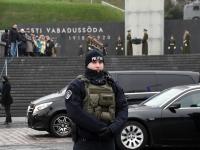 010 President Zelenskõi asetab pärja Vabadussõja võidusambale. Foto: Urmas Saard