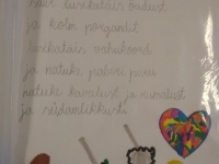 003 Rahvusvahelises lugemisprojektis Meie Väike Raamatukogu osalenud Sindi gümnaasiumi 1B klass. Foto: Heli TelmanRahvusvahelises lugemisprojektis