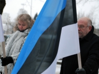 004 Relvarahu aastapäeval Pärnus Alevi kalmistul Foto Urmas Saard