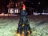 005 Renna jõulupuu installatsioon. Foto: Urmas Saard