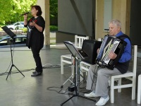 Ansambel Domino muusikaline tervitus. Foto: Jõgeva vallavalitus