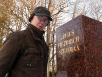 001 Seljamaa allkiri graniidil. Foto: Urmas Saard