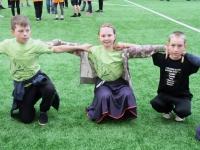 003 Sindi gümnaasiumi 1. ja 2. klassi segarühm Tallinnas. Foto: Urmas Saard